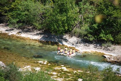 Rafting na gorenjm toku rijeke Neretve